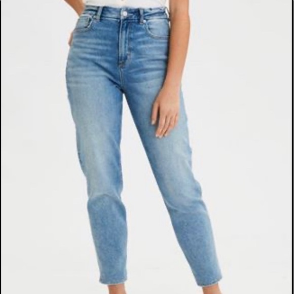 American Eagle Outfitters Denim - American Eagle Stretch Curvy Mom Jeans